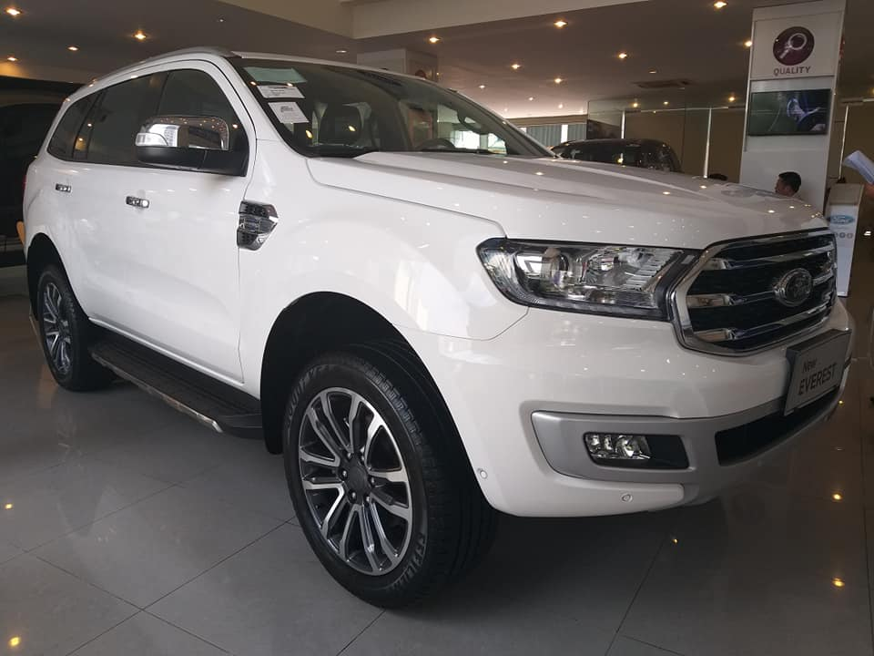 Báo giá Ford Everest 2.0L Titanium 4×2 AT 2