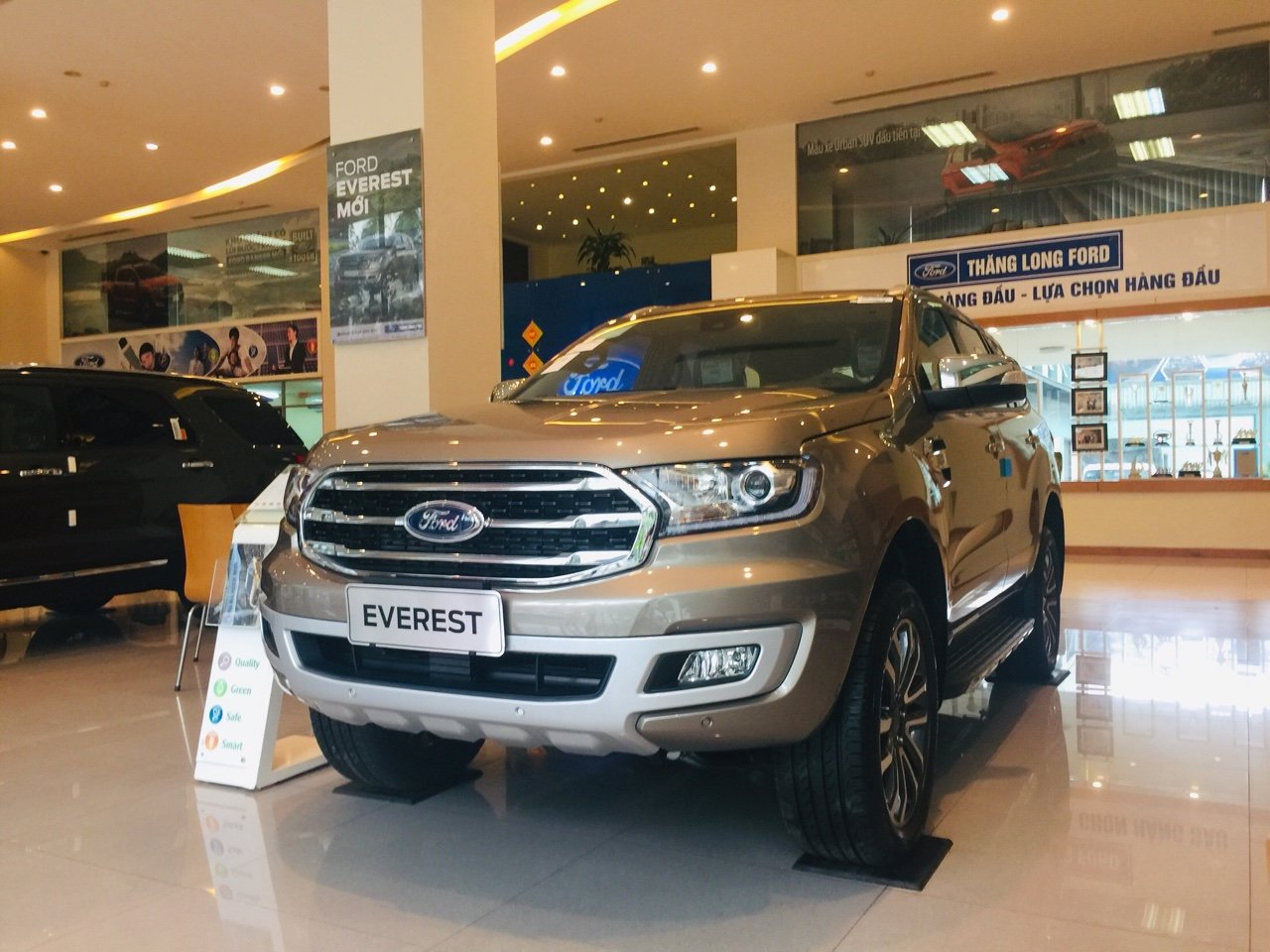 Ford Everest 10