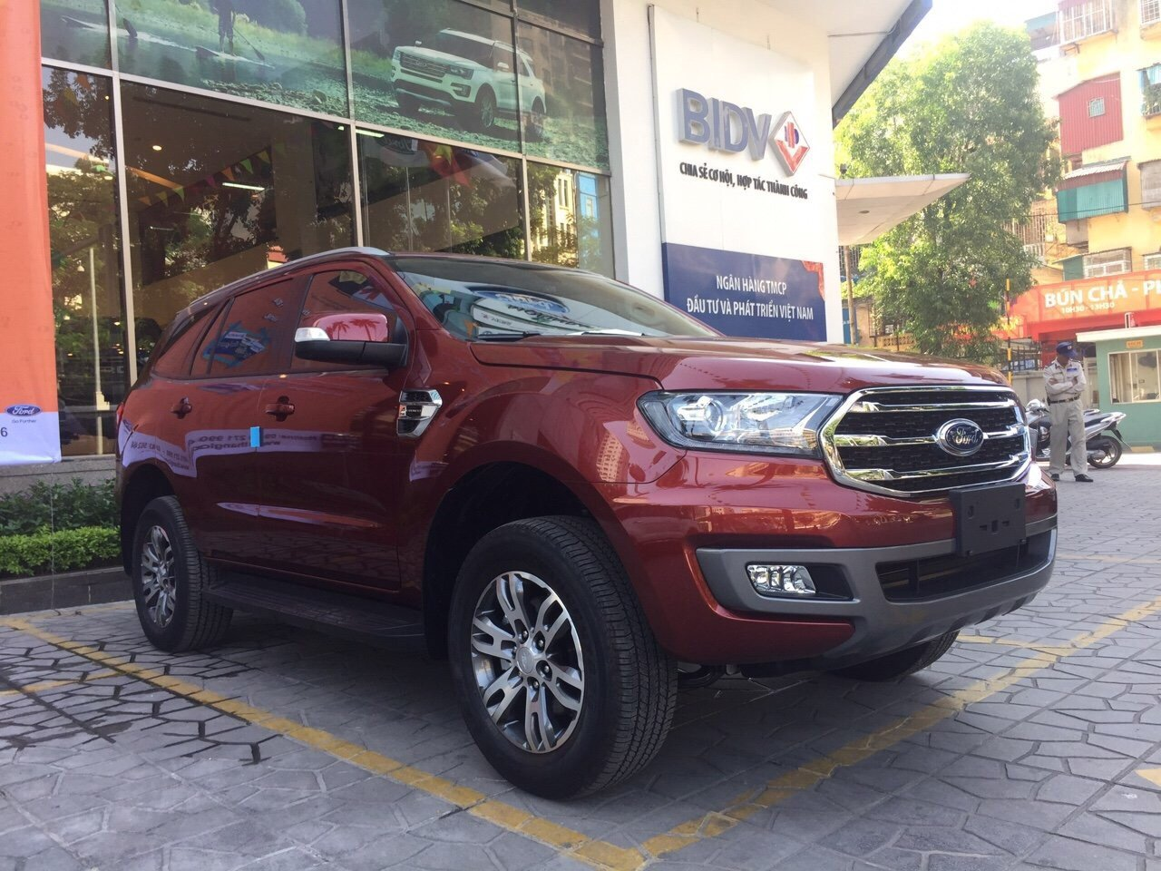Báo giá Ford Everest Trend 2.0L 4x2 AT