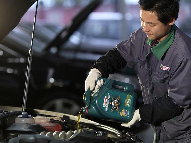 Dầu máy, dầu động cơ xe Ford và những điều cần biết khi thay đàu xe Ford 4