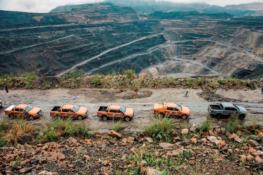 Tại sao Ford Ranger luôn bán chạy nhất phân khúc bán tải? 3