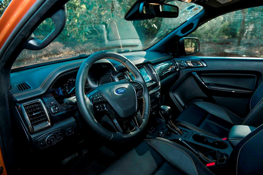 Tại sao Ford Ranger luôn bán chạy nhất phân khúc bán tải? 8