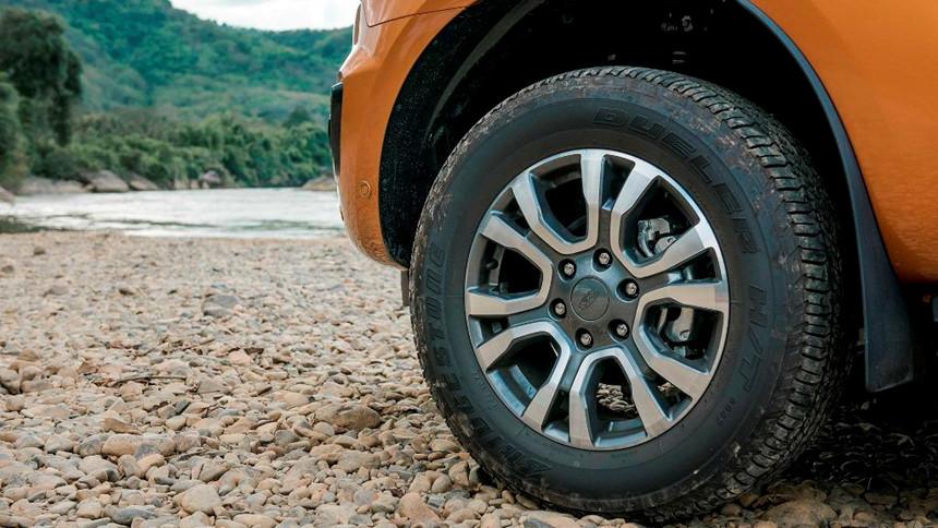 Tại sao Ford Ranger luôn bán chạy nhất phân khúc bán tải? 10
