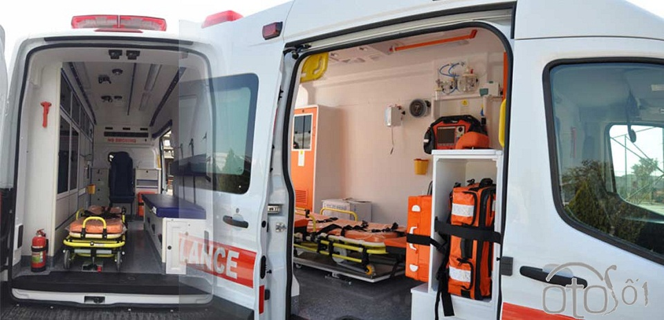 Ford Transit cứu thương nhập khẩu, lắp ráp: Giá xe & trang thiết bị y tế 19