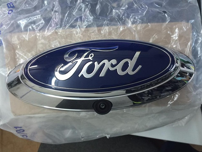 Logo Ford, ốp mang cá Ford, Camera lùi- Phụ tùng Ford chính hãng 7