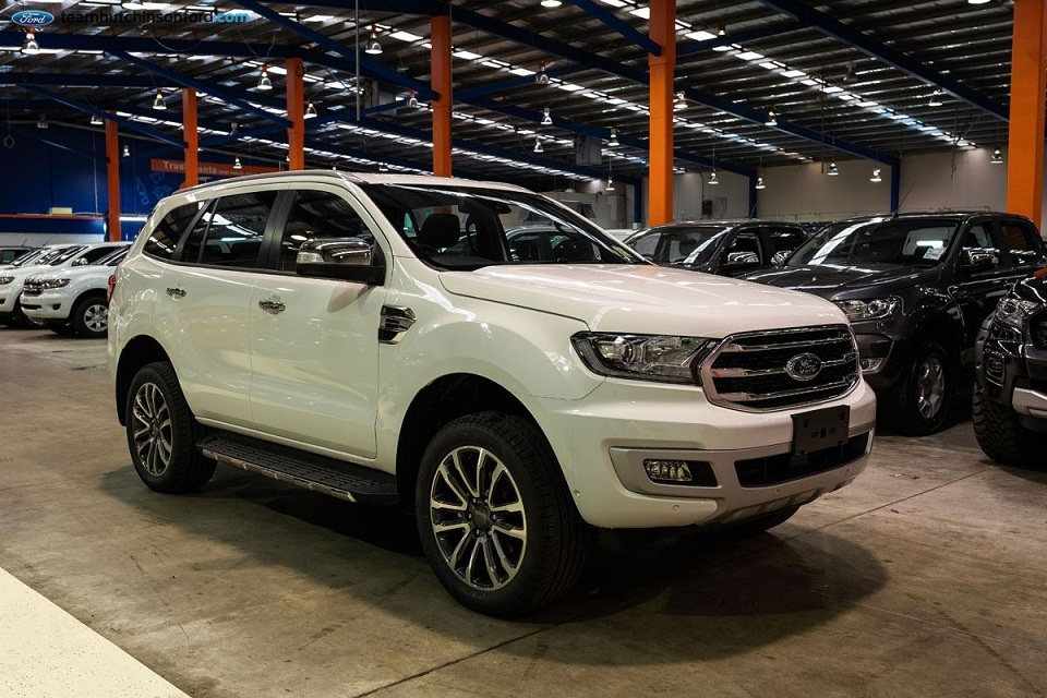 Ford Everest 11