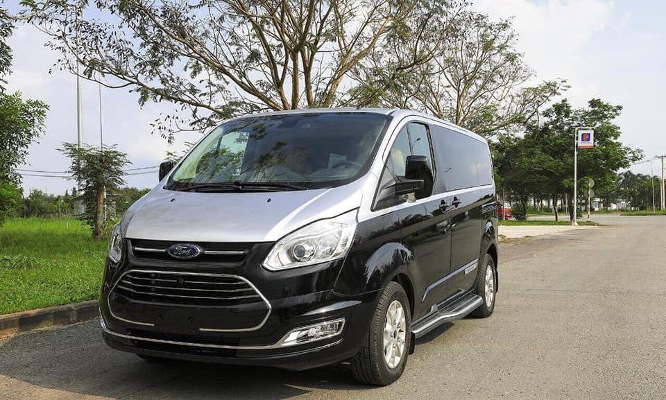 Đánh giá sơ bộ xe Ford Tourneo 2020 1