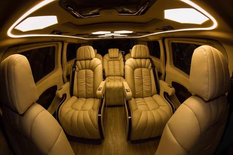 Ford Tourneo Limousine bản độ hạng sang trong phân khúc MPV 6