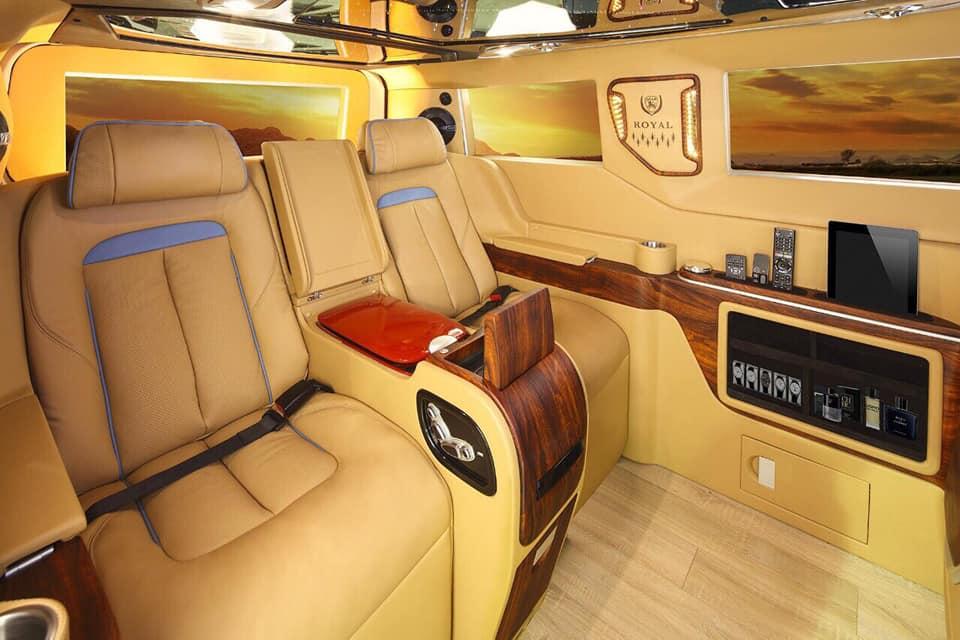 Ford Tourneo Limousine bản độ hạng sang trong phân khúc MPV 16