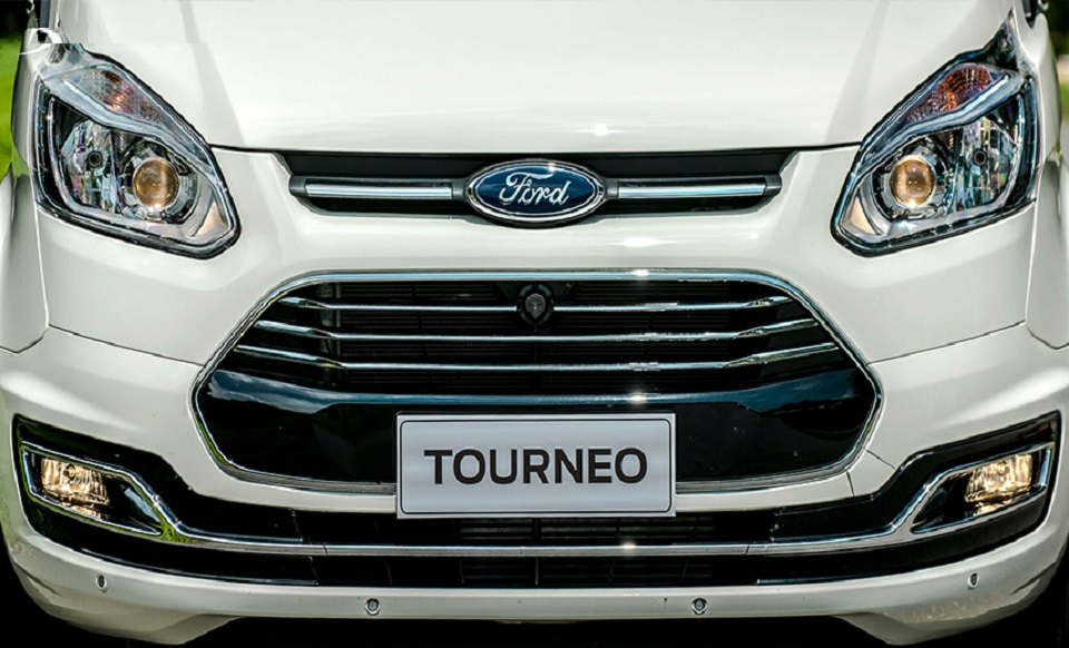 Ford Tourneo 10