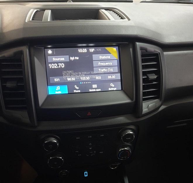 Ford Ranger XLS một cầu số tự động, số sàn- Chi tiết giá bán, giá lăn bánh 9
