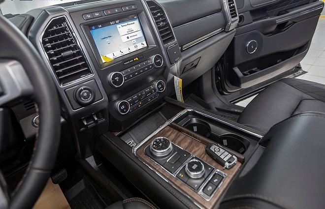 Ford Expedition giá bán và thông số kỹ thuật 8