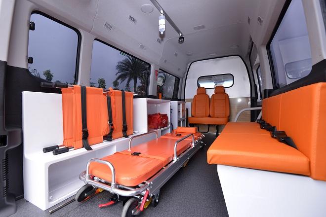 Hyundai Solati cứu thương - Giá xe và trang thiết bị y tế hiện đại 3