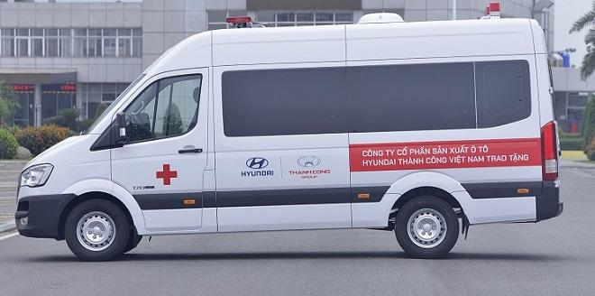 Hyundai Solati cứu thương - Giá xe và trang thiết bị y tế hiện đại 2