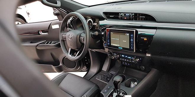 Toyota Fortuner 4