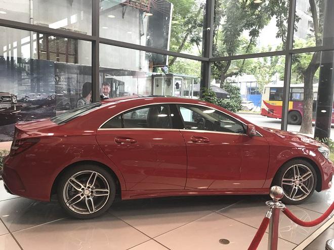 Mercedes-Benz CLA-otoso1