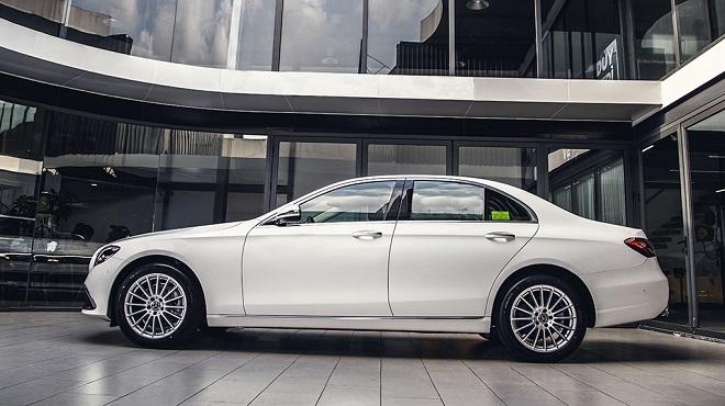 Mercedes-Benz E-Class-otoso1