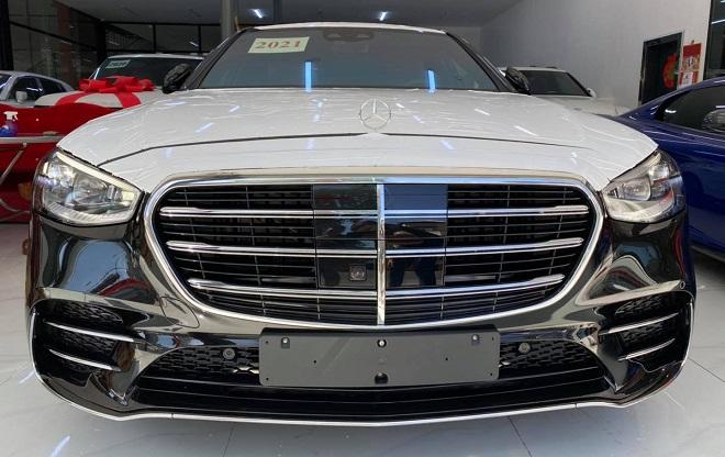Mercedes-Benz S-Class 3