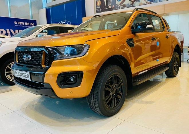 Xe bán tải 900 triệu mua Ford Ranger nội hay Mazda BT-50 ngoại