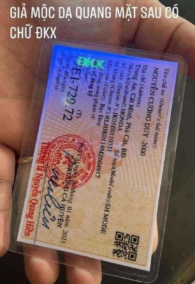 Cách nhận biết giấy đăng ký xe, Cavet xe thật hay giả 7