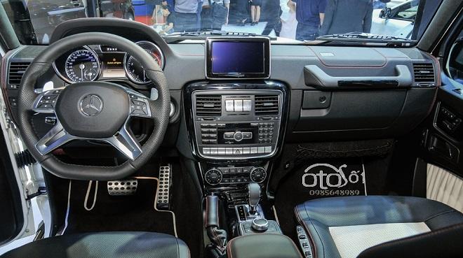 Mercedes Benz G-Class 4