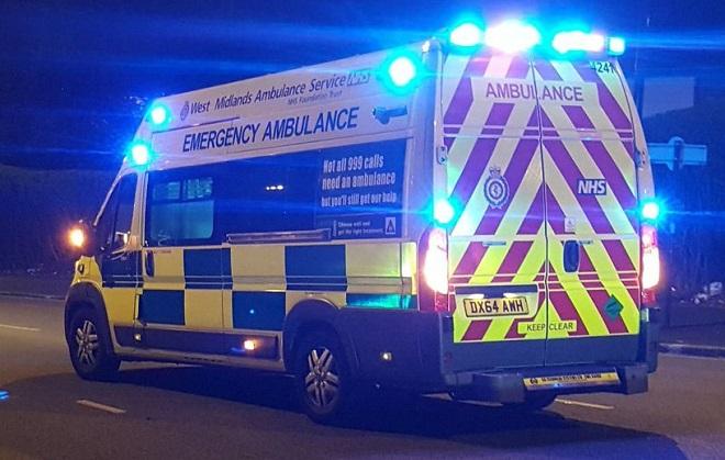 Phận biệt xe cứu thương Ambulance và xe cấp cứu Emergenncy Ambulance 2